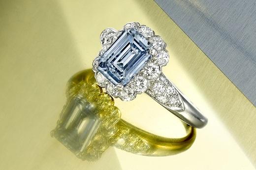 Un anello cocktail da un milione di dollari